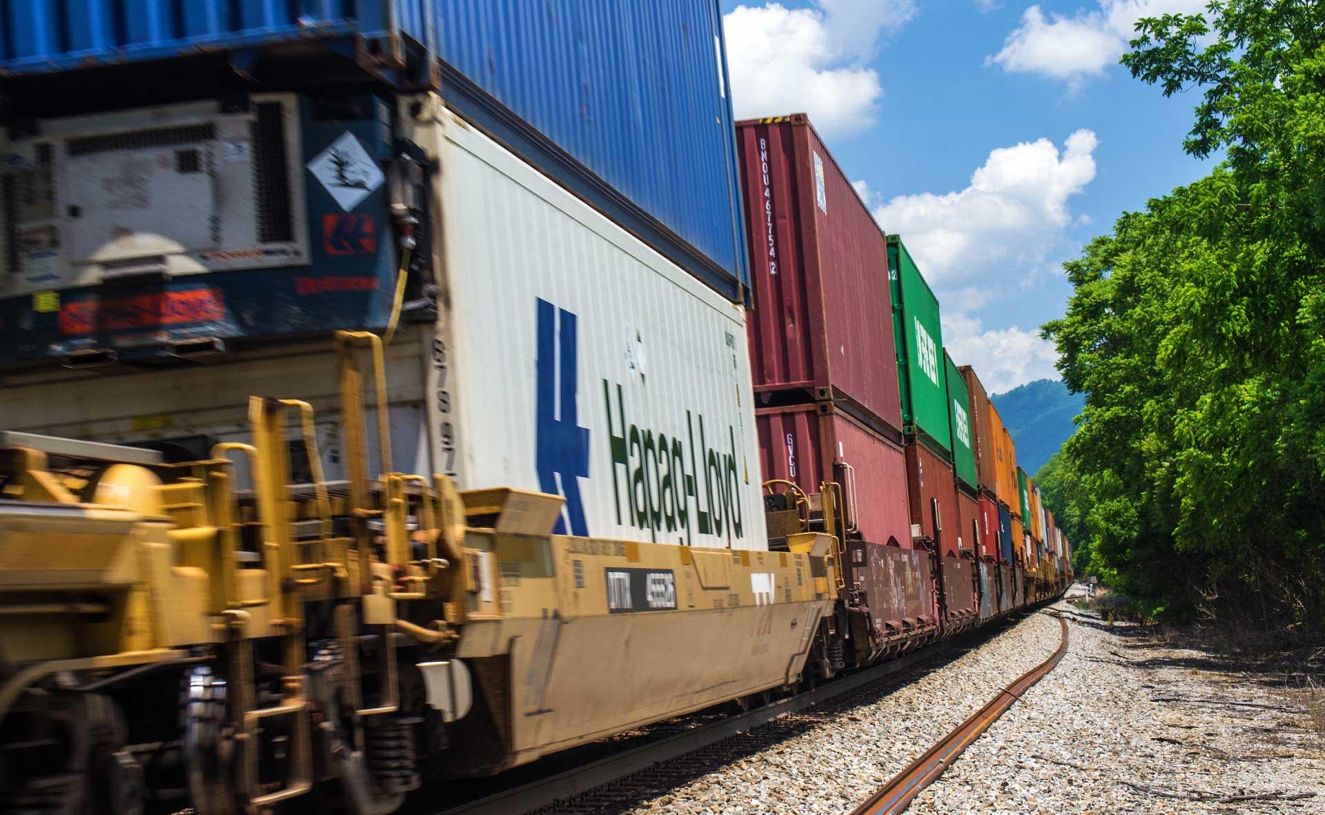Railcar bulk liquid tank service